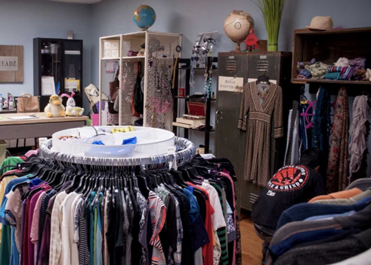 Threadz - Teen Clothing Closet
